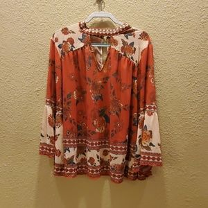 EUC Flying Tomato keyhole 2x blouse bell sleeve